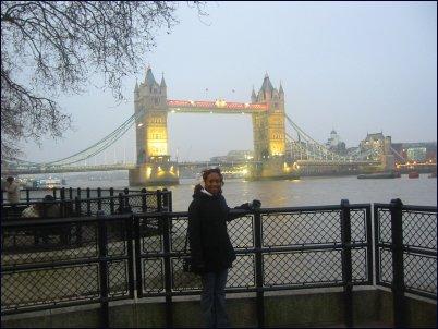 sammie tower bridge